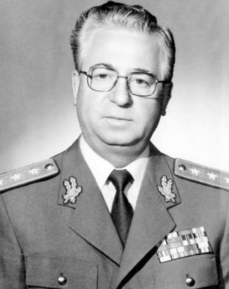 General-colonel Iulian Vlad. O biogr